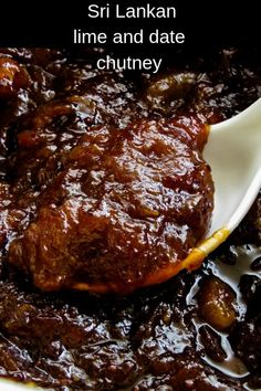 Sri Lankan date and lime chutney. A savoury chutney with a sweet and spicy element to it. A spoon of this lip-smacking chutney is always a welcome addition to your meals. Spicy Chutney Recipe, Chutney Recipes, Jam Recipes, Canning Recipes, Gourmet Recipes, Vegetarian Recipes, Relish Recipes, Curry Recipes, Omelettes