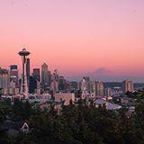That Seattle sunset  #AdoramaRTW . . : @filmfernando #AdoramaTeam
