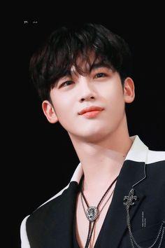 yivi 🦋 do not crop logo or edit Love U Forever, Korean Boy Bands, This Is Love, You're Awesome, Asian Men, Asian Guys, Kpop Boy, Korean Singer, My Boyfriend