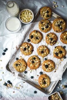 Blueberry White Chocolate Almond Oatmeal Cookies | Gringalicious