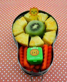 Fruity Lion snack in Happy Tiffin bento box