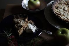 Apple tart with port wine