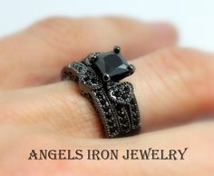 ANGELS IRON - Black Gold Ring Women Enagement Wedding Set Anniversary Band Promise Rings Heart Pave Crystals Women Unique Gothic Jewelry