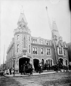Laforce Langevin fire escape extension ladder. Montreal Fire Department, (Canada Archives)