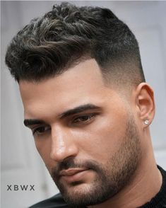 Top 20 Elegant Haircuts for Guys With Square Faces, Top 20 Elegant Haircuts For Guys With Square Faces. Top 20 Elegant Haircuts For Guys With Square Faces. Cool Hairstyles For Men, Hairstyles Haircuts, Haircuts For Men, Fashion Hairstyles, Hairstyle Ideas, Military Haircuts, Classic Mens Hairstyles, Haircut Men, Haircut For Square Face