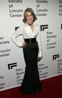 Diane Keaton's stunningly simple black and white ensemble with a choker #necklace