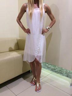 Summer Dresses, Fashion, Moda, Summer Sundresses, La Mode, Fasion, Summer Clothes, Fashion Models, Summertime Outfits