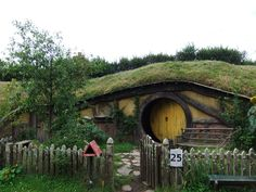 Grass roof Hobbit House