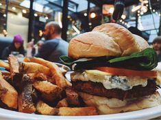10 Vancouver restaurants for those who love their veggies Tempeh Burger, Herbivore And Carnivore, Vancouver Restaurants, Veg Restaurant, Middle Eastern Dishes, Veg Dishes, Vegan Comfort Food, Recipes From Heaven, Cravings
