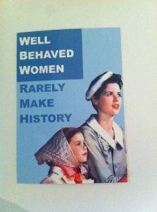 "Postikortti ""Well behaved women"""