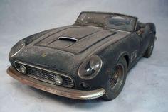 Ferrari 250 California Spider Barn Find Custom Weathered 1 18 Unrestored Diecast