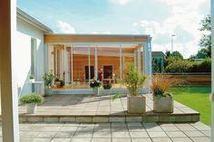 Utemiljøgrossisten as Helle Premium Patio, Mansions, House Styles, Outdoor Decor, Garden Ideas, Home Decor, Flowers, Traditional, Terrace