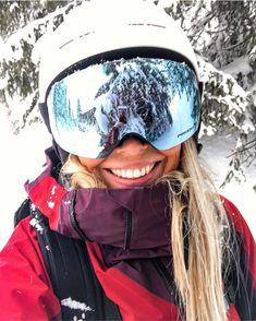 "EAT - SLEEP - SKI - REPEAT ❄️ on Instagram: ""The season of goggle selfies and powder dreams is coming ❄️ . . . . #peakperformance #sheskis #womenwhoski #oakleyflightdeck #Gobeyond…"" Oakley Flight Deck, Ski Sport, Ski Girl, Snowboarding Outfit, Ski Season, Ski Holidays, Ski Goggles, Ski Fashion, Winter Pictures"