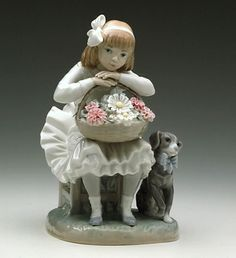 LLADRO - GIRL WITH FLOWERS