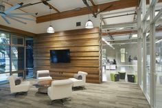 Shipwire – Sunnyvale Offices designed by RMW architecture & interiors