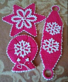 This Pin was discovered by HUZ Rajasthani Mehndi Designs, Diy And Crafts, Crochet Earrings, Barbie, Christmas Ornaments, Knitting, Holiday Decor, Pattern, Youtube