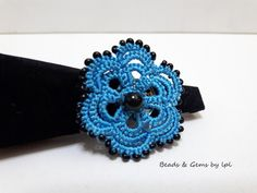 BEADS and GEMS by LPL :Art .. FR -7 Handmade ring - Tatted lace -  Νo 50 Kaplan thread -  9/ο seed beads & 6mm glass pearl .  Colour  :  blue Design :  based on youtube videos by Chiacchierino Ad Ago.