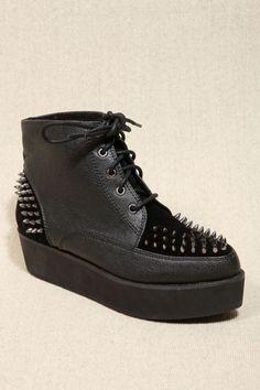 Deena & Ozzy Phoenix Black Stud Creeper Boots #SPIKES #PLATFORM