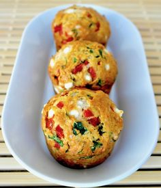 Savory Mediterranean inspired muffins, packed with spinach, sweet red peppers and feta. Perfect for a snack or breakfast. Savoury Vegetable Muffins, Gluten Free Savoury Muffins, Spinach And Feta Muffins, Baby Spinach, Pumpkin Muffin Recipes, Sweet Potato Muffins, Healthy Breakfast Muffins, Diet Breakfast, Mediterranean Recipes