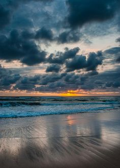 Ponta du Ouro sunrise by Joggie van Staden on YouPic Abstract Photography, Fine Art Photography, Nature Photography, Nikon D200, Photo Mosaic, Maputo, Places To Eat, Sunrise, To Go