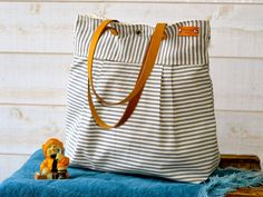 WATER PROOF Best Seller Diaper bag / Messenger bag / von ikabags, $98.00