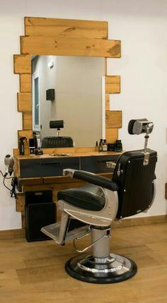 Tocador en nuestra barbería de Bilbao. La Barbería Del Norte. C/ Euskalduna 4