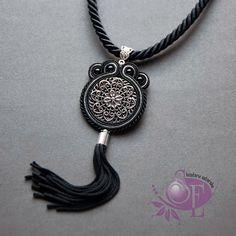 Szkatułka Emi: #150 Czarny wisior sutasz z frędzlami #soutache #black