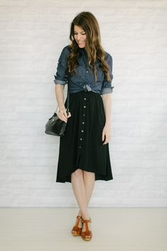 midi skirts with pockets. I want these. All of them. Pockets make ...