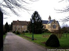 Retrouvez plus d'information sur Abbaye de Notre-Dame-de-la-Roche à Lévis-Saint-Nom via le site LocationCamping.net http://www.locationcamping.net/monument-historique/abbaye-de-notre-dame-de-la-roche-a-levis-saint-nom/ #Lévis-Saint-Nom http://www.locationcamping.net/wp-content/uploads/abbaye-de-notre-dame-de-la-roche-a-levis-saint-nom.png