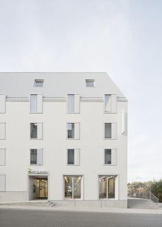 Halle, Hotel Gast, Hotels, Social Housing, Das Hotel, Facade Architecture, Urban Planning, Exterior Design, Mansions