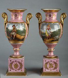 Pair of Paris porcelain vases Porcelain Jewelry, Fine Porcelain, Porcelain Ceramics, Painted Porcelain, Ascot, Vases Decor, Art Decor, Old Paris, Vintage Vases