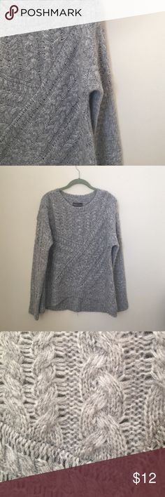 Michael Stars Sweater Never worn! The perfect soft sweater!! Size M Michael Stars Sweaters Crew & Scoop Necks