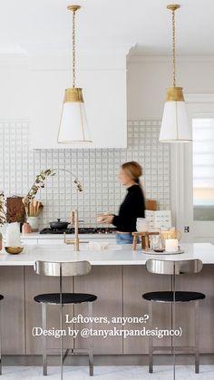 Interior Architecture, Interior And Exterior, Interior Design, Beach House Kitchens, Shelves In Bedroom, Modern Kitchen Design, Cozy House, Home Lighting, Kitchen Organization