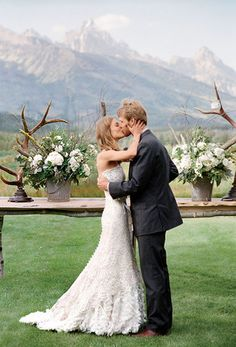 Antlers Fall Rustic Wedding Themes