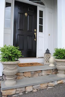 First Impression- what does your front door say about you? how to paint your front door in shiny black http://HousebyHolly.blogspot.com