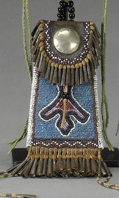 A Kiowa beaded strike-a-lite
