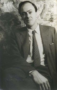 Roald Dahl, as photographed by Carl Van Vechten in 1954.
