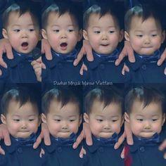 Triplets Daehan Minguk Manse Song Il Gook, Superman Kids, I Miss You Guys, Song Daehan, Song Triplets, Beautiful Babies, Kids And Parenting, Cute Boys, My Idol
