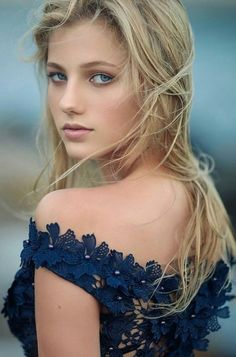 Фотография Beautiful girl with gorgeous face Most Beautiful Faces, Stunning Eyes, Beautiful Girl Image, Gorgeous Women, Gorgeous Lady, Beauté Blonde, Blonde Beauty, Girl Face, Woman Face
