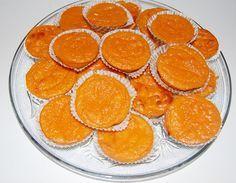 Receita de Queijadinhas de Cenoura - http://www.receitasja.com/receita-de-queijadinhas-de-cenoura/