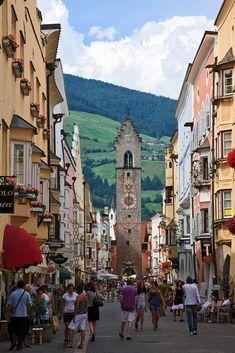 Bolzano, Italy Vipiteno oftewel Sterzing. Wilt u meer weten over dit Italiaanse plaatsje? Kijk dan op: http://www.italieabc.nl/2013/07/30/vipiteno-sterzing/
