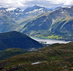 Sykkylven  by ystenes, via Flickr (Norway)