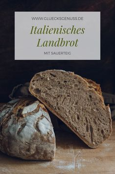 Dieses italienisches Landbrot wird mit frischem Sauerteig und Dinkelmehl gebacke… This Italian country bread is baked with fresh sourdough and spelled flour. It is aromatic and keeps fresh for a long time. Easy Bread Recipes, Pizza Recipes, Salad Recipes, Healthy Breakfast Recipes, Healthy Recipes, Fromage Vegan, Breakfast Desayunos, Country Bread, Pumpkin Spice Latte
