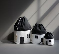 It's rather exciting when completely brand new things arrive at the shop, I have admired these Rock & Pebble House Storage Bags for a few… Large Bags, Small Bags, Storing Baby Clothes, Baby Clothes Storage, Cotton House, Rock And Pebbles, Kids Bags, Medium Bags, Cotton Canvas