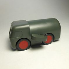 Grey plastic Slow Truck winding toy, designed by Patrick Rylands, United States, 1968-72, by Creative Playthings.