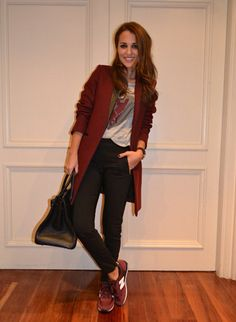 22 Trendy sport chic sneakers new balance New Balance Outfit, Look Legging, Burgundy Sneakers, Pijamas Women, Look Office, Christian Dior, Looks Cool, Chic Outfits, Casual Looks