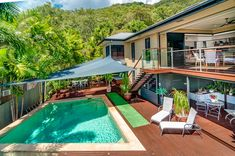 Real estate photography at Savannah Street Palm Cove. Taken from 8 metre tall tripod.