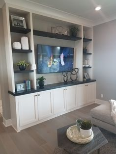 Painted Built Ins, Painted Bookshelves, Built In Bookcase, Bookcases, Loft Playroom, Loft Room, Home Renovation, Home Remodeling, Loft Design