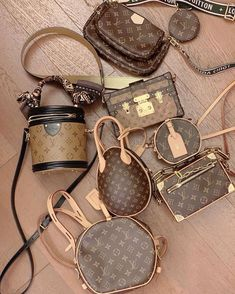 top quality replica handbags, louis vuitton replica, chanel replica, dior replica, hermes bag replica, gucci replica replica belts Where to obtain this purses🖤👉🏻👉🏻click image/video to reach our site or check our website: www.vho.to or ☎️WhatsApp: +8618666021721 👈🏻👈🏻👈🏻 ▪️▪️▪️ ✈️Worldwide Express Shipping🌏 ▪️▪️ Repin it if you like my posts :) #weekendfashion #fashiondiarie #styleluxe #exclusivefashion #fashionmusthave #bagsfashion #workootd #boutiquetrends #pursecharms #ins.. Hermes Handbags, Hermes Bags, Louis Vuitton Handbags, Purses And Handbags, Accesorios Louis Vuitton, Sacs Louis Vuiton, Sacs Design, Latest Bags, Chanel Purse