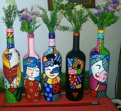 likes, 75 comments - Quilling Deco Home Trends Beer Bottle Crafts, Wine Bottle Art, Diy Bottle, Painted Glass Bottles, Glass Painting Designs, Plastic Bottle Crafts, Plastic Bottles, Vase Crafts, Bottle Painting